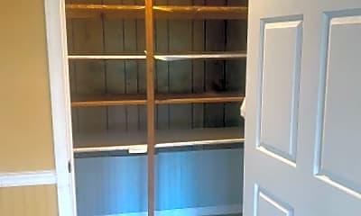 Kitchen, 140 Delaney Rd, 2