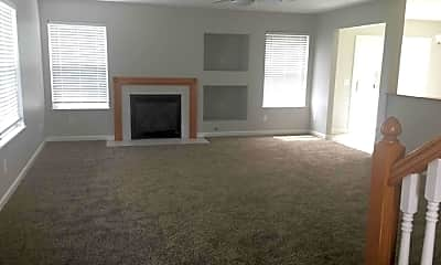 Living Room, 3653 Ashridge St, 1