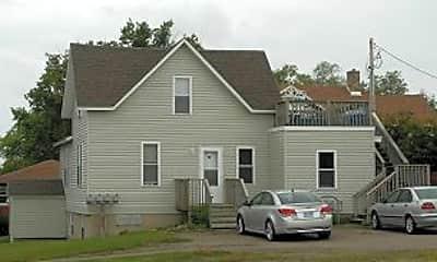 Building, 154 8th St NE, 0