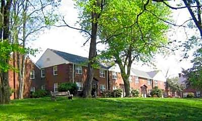Building, Rivercroft Apartments & Townhouses, 2