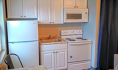 Kitchen, 3420 Stellhorn Rd, 2