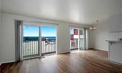 Living Room, 4305 Crest Dr, 0