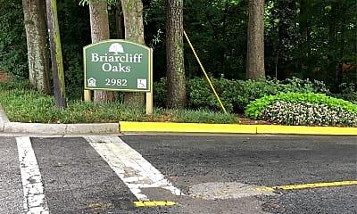 Briarcliff Oaks, 1