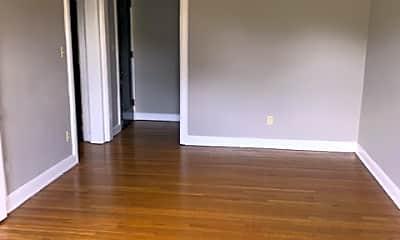 Living Room, 14315 Milverton Rd, 1