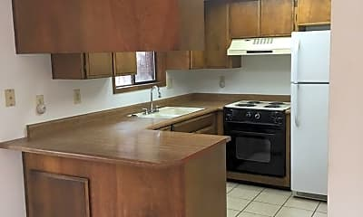 Kitchen, 901 Royal Ct, 0