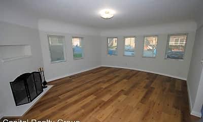 Living Room, 212 Linden Ave, 0