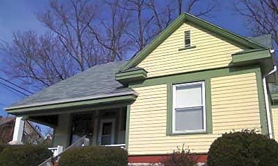 Building, 215 E 9th St, 1