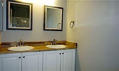 Bathroom, 310 Raleigh St, 2
