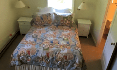 Bedroom, 65 Beaver Rd, 2