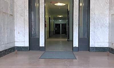 Building, 38 S Walnut St, 2