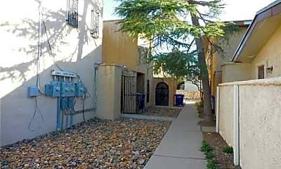 Building, 10640 Cuatro Vistas Dr, 2