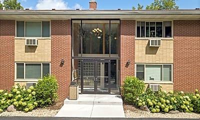 Building, 709 W Park Ave, 1