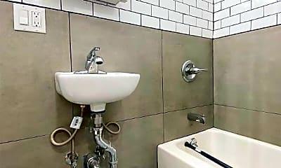 Bathroom, 440 E 9th St, 2