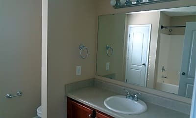 Bathroom, 184 Roanoke Dr, 2