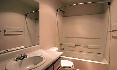 Bathroom, Forest Hills, 2
