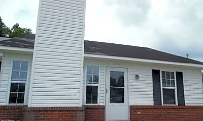 Building, 120 Creekview Dr, 1