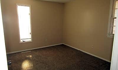 Bedroom, 3163 E Grand St, 2