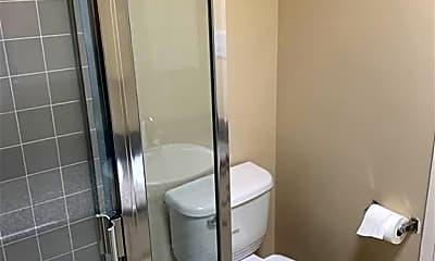Bathroom, 2940 Montrose Ave, 2