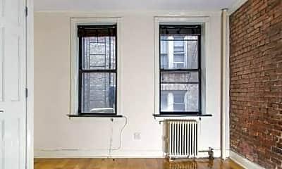 Living Room, 117 Christopher St, 1