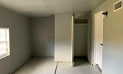 Bedroom, 1005 Bell Dr, 2