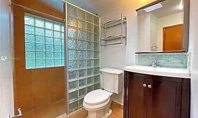 Bathroom, 2920 SW 60th Ct, 2