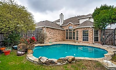 Pool, 812 Soapberry Dr, 2