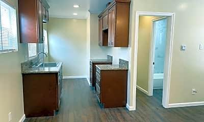 Bathroom, 1709 Lewis Ave, 1