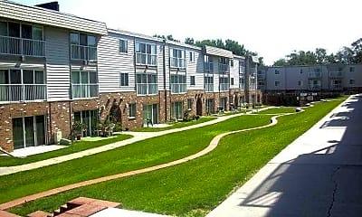 1001 Apartments, 0