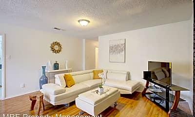 Living Room, 528 McQueary St, 1