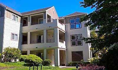 Building, Waverley Greens Apartments, 1