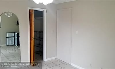 Bedroom, 299 SE 12th Ave B2, 1