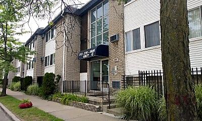 James Couzens Apartments, 0