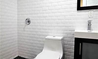Bathroom, 37 Linden St 1, 2