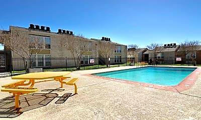 Pool, Hill Top Oaks, 1