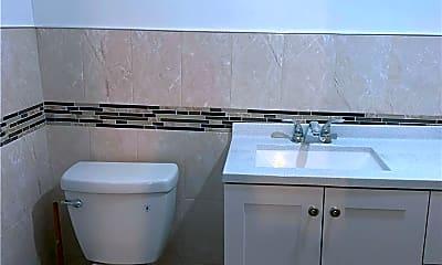 Bathroom, 487 Linwood St 1, 1