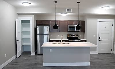 Kitchen, 1015 Sunrise Dr, 0
