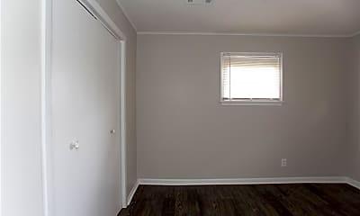 Bedroom, 517 S Maple St, 1