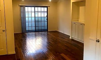 Living Room, 3600 Empire Dr, 0