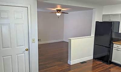 Bedroom, 4619 Heidelberg Ave, 1