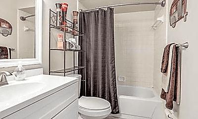 Bathroom, 10830 Crosstie Rd E, 2