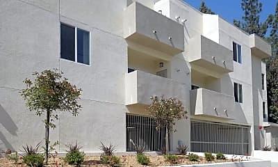 Building, Wyandotte Apartments, 0