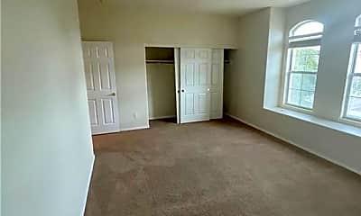 Living Room, 1405 Palantine Hill Dr, 2