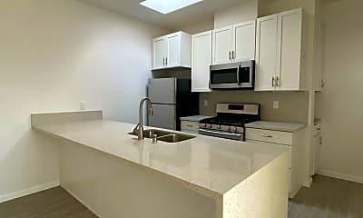 Kitchen, 4540 Ingraham St, 1