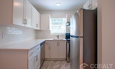 Kitchen, 880 Briarcliff Terrace NE, 0