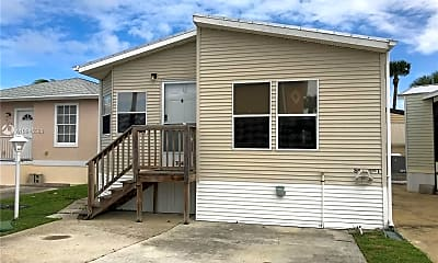 Building, 10701 S Ocean Dr 764, 1