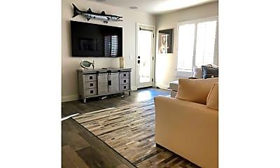 Living Room, 25 Ville Franche, 2