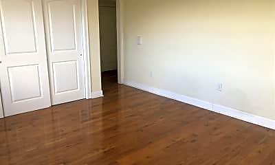 Bedroom, 500 Garfield Ave, 1