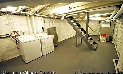 Bedroom, 535 S 6th St, 2