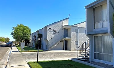 Building, 714 N Sanders St, 0