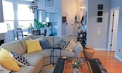 Living Room, 94 Nipmuc Trail, 2
